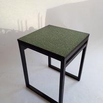 Bord med gräs