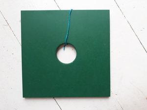Grytunderlägg helgrön